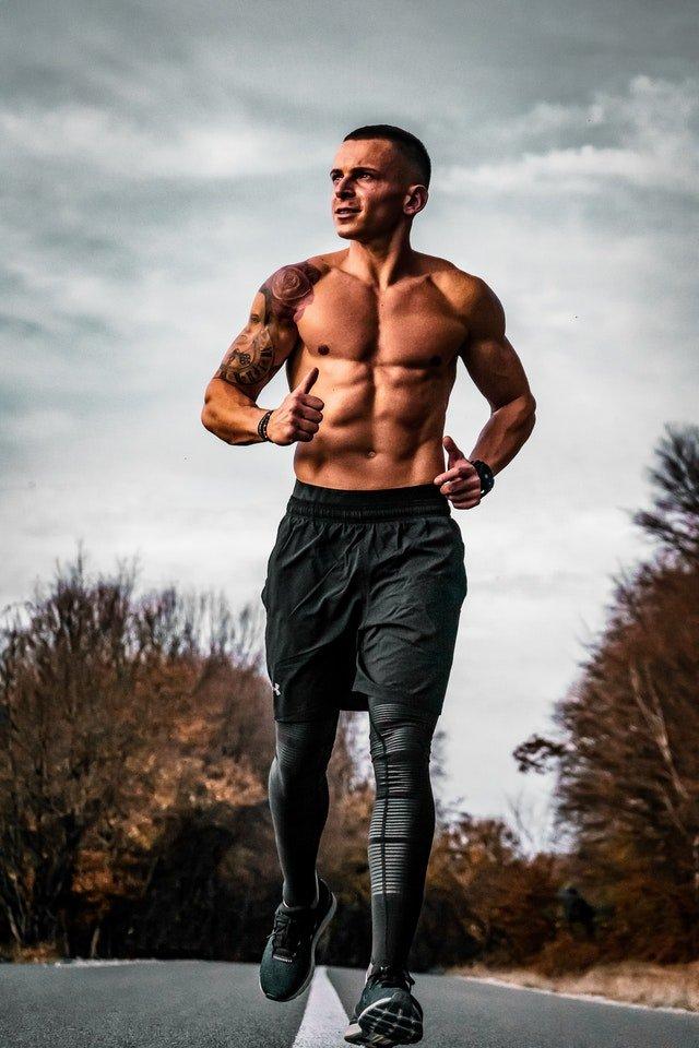 ualquier persona altamente comprometida y dedicada al entrenamiento puede APRENDE a AUMENTAR tu FUERZA MUSCULAR y el rendimiento deportivo.